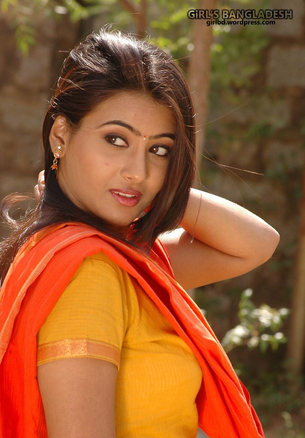 Sexy & Boobsy Hot Real Life Girl 'Mukti Nahar'